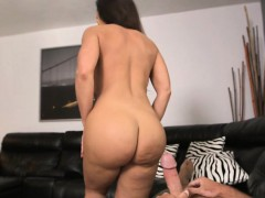 Sports Bitch Lisa Ann Has Cock Sucking As Her New Sports